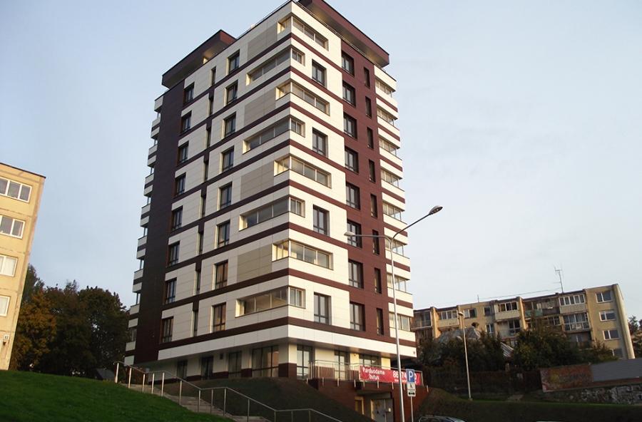 Statybų gausa_gyvenamasis-namas-zirmunu-48E_indema.lt